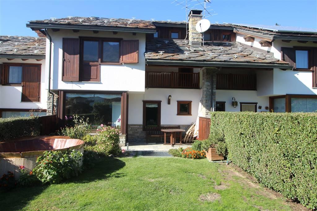 Villa, Porossan, Aosta, in ottime condizioni