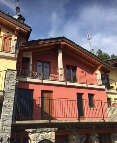 Villa a schiera, Villair, Quart, in nuova costruzione