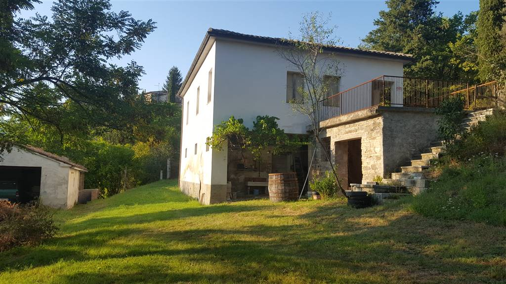 Casa singola, San Severino Marche, da ristrutturare