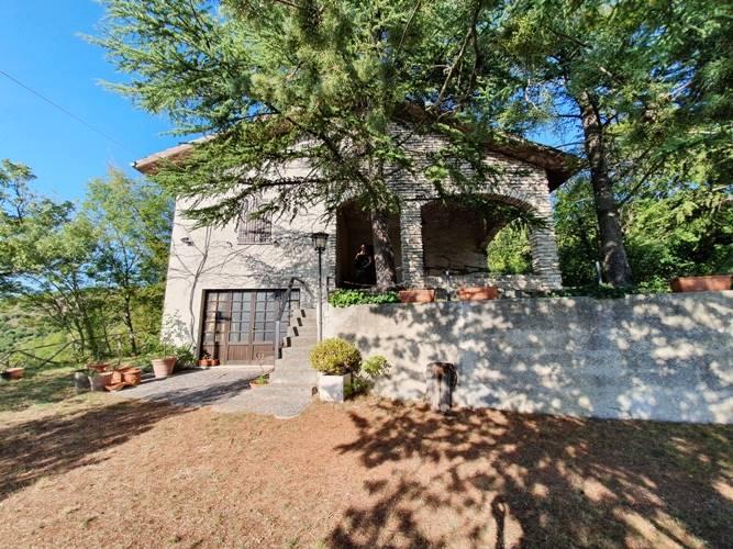 Casa singola, Frazioni: Crispiero, Castelraimondo