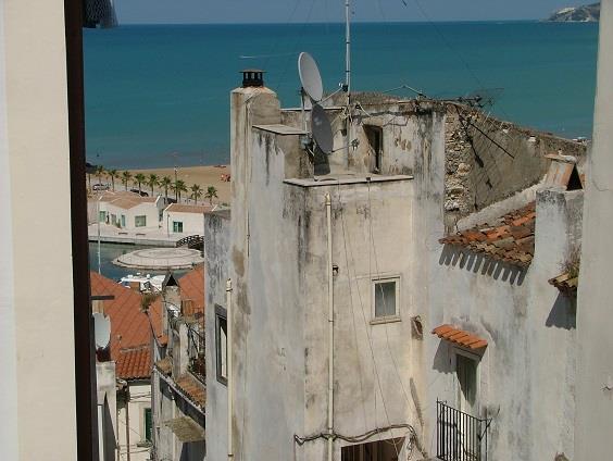 Appartamento in vendita a Rodi Garganico, 4 locali, prezzo € 79.000 | CambioCasa.it