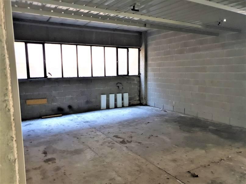 Box / Garage in Affitto a Senago