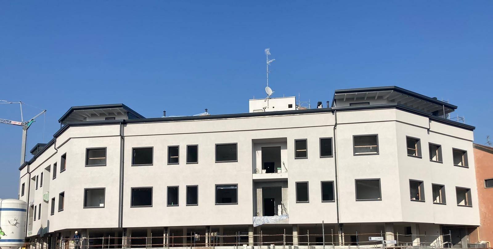 Attico / Mansarda in vendita a Varedo, 4 locali, prezzo € 320.000 | PortaleAgenzieImmobiliari.it