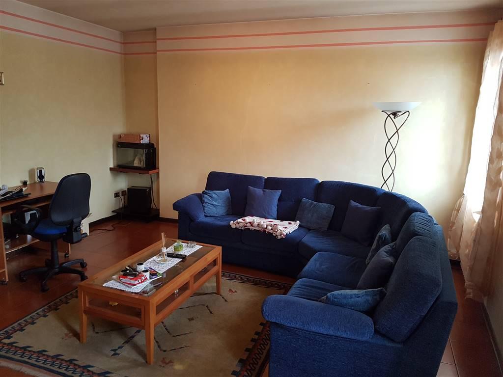 Appartamento in vendita a Lozzo Atestino, 4 locali, zona Località: LOZZO, prezzo € 130.000 | CambioCasa.it