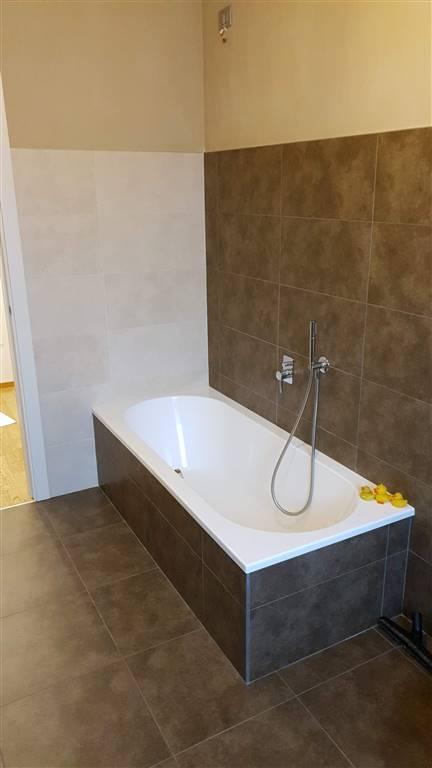 Bagno con Vasca Piano Primo