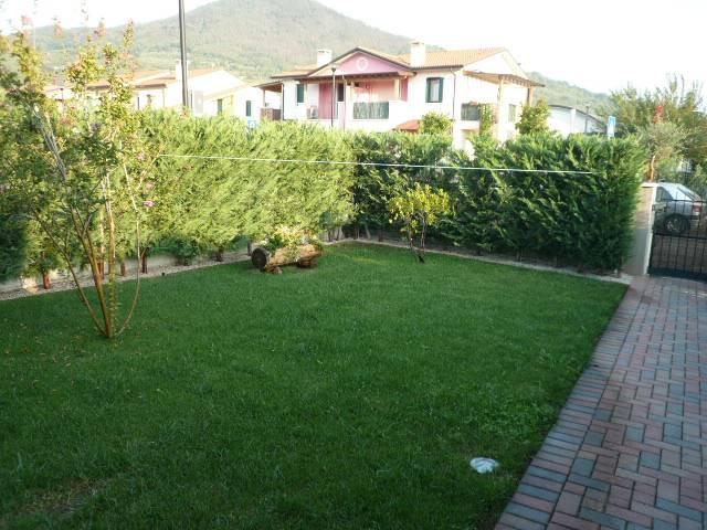 Soluzione Indipendente in vendita a Lozzo Atestino, 4 locali, prezzo € 103.000 | CambioCasa.it