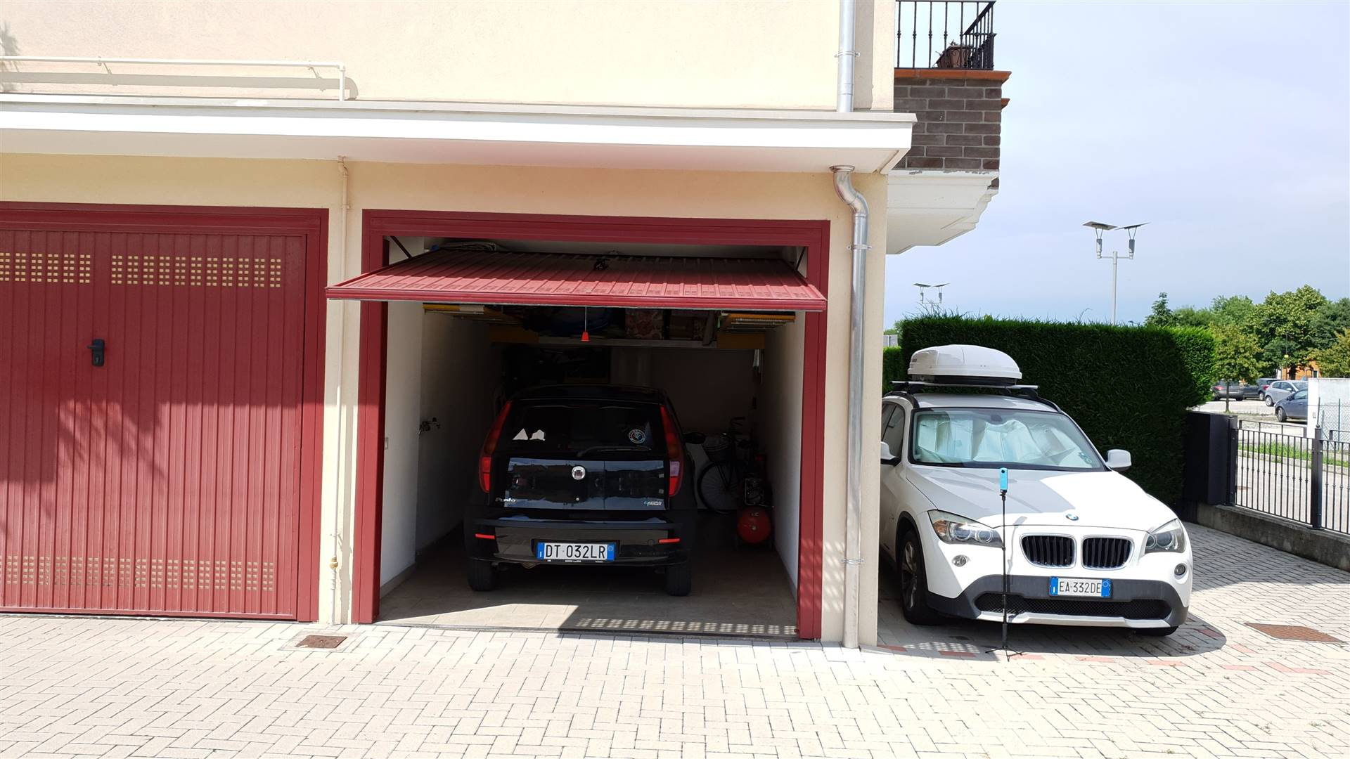 Garage + Posto Auto
