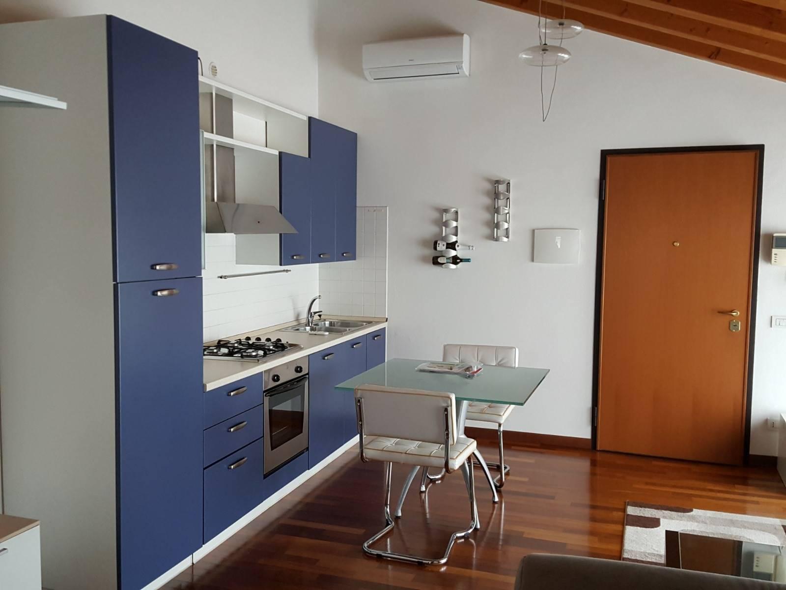 Appartamento in affitto a Istrana, 2 locali, prezzo € 430 | CambioCasa.it