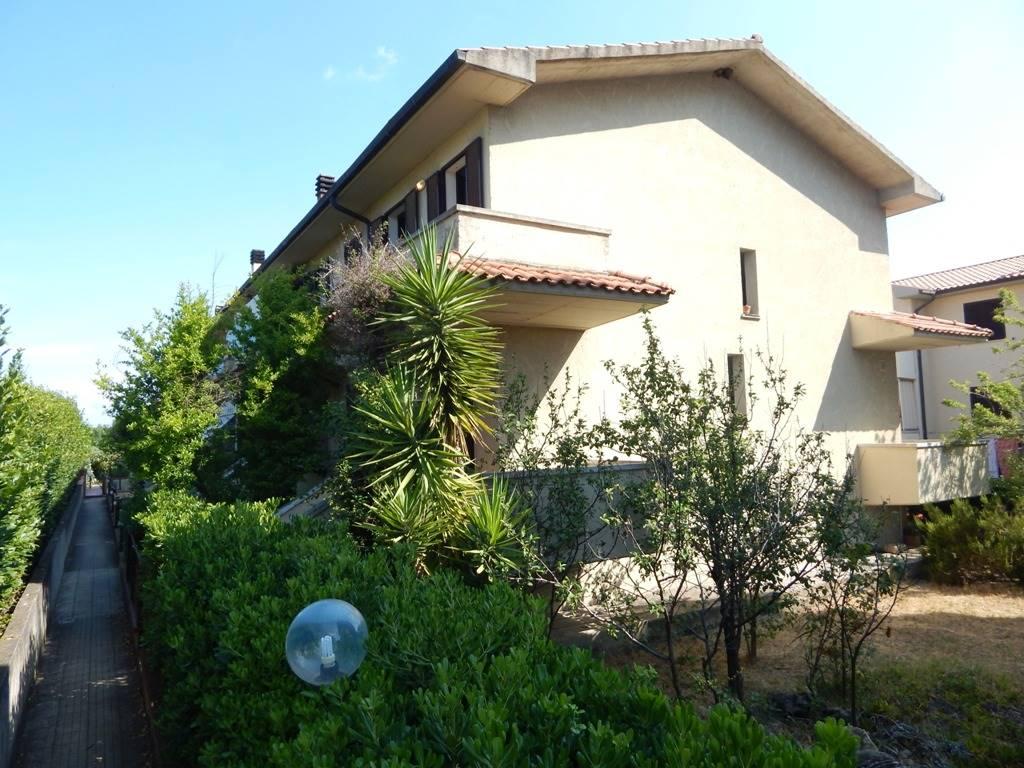 Terratetto in Via Ginori 42, Cecina Mare, Cecina