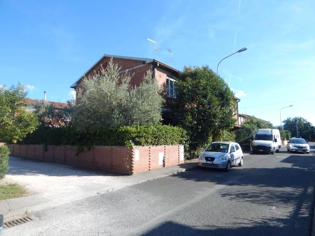 Trilocale in Via Manzoni  23, Donoratico, Castagneto Carducci