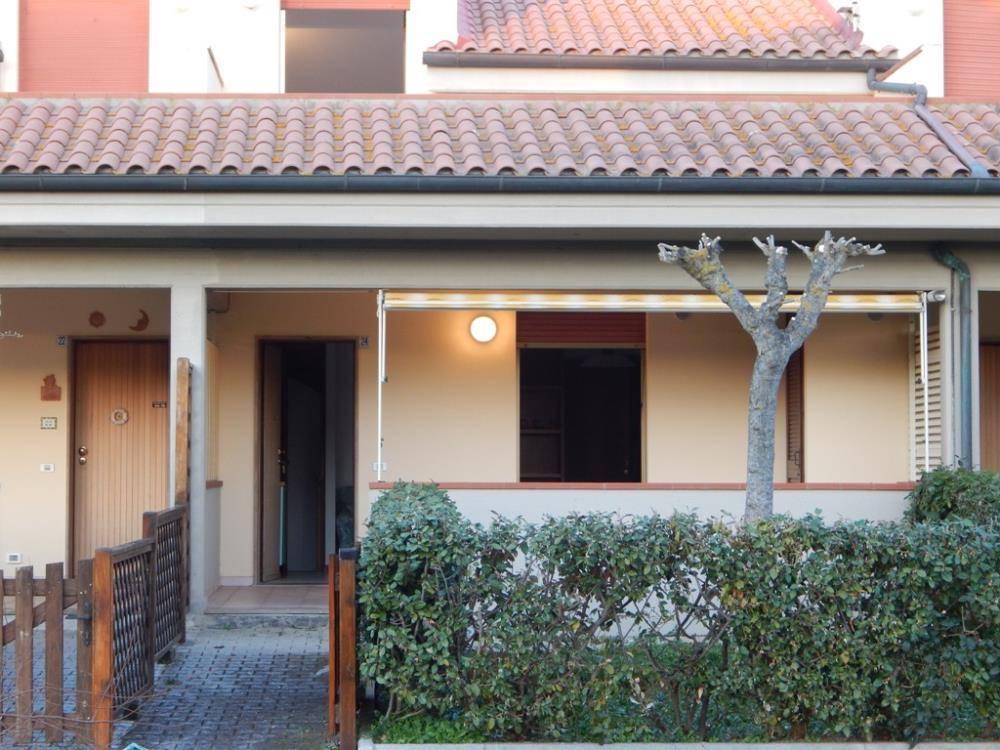 Appartamento in vendita a Castagneto Carducci, 4 locali, zona na di Castagneto Carducci, Trattative riservate   PortaleAgenzieImmobiliari.it