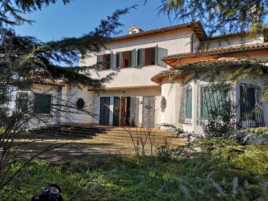 BARBERINO VAL D'ELSA, BARBERINO TAVARNELLE, Villa for sale of 500 Sq. mt., Good condition, Heating Individual heating system, Energetic class: G,