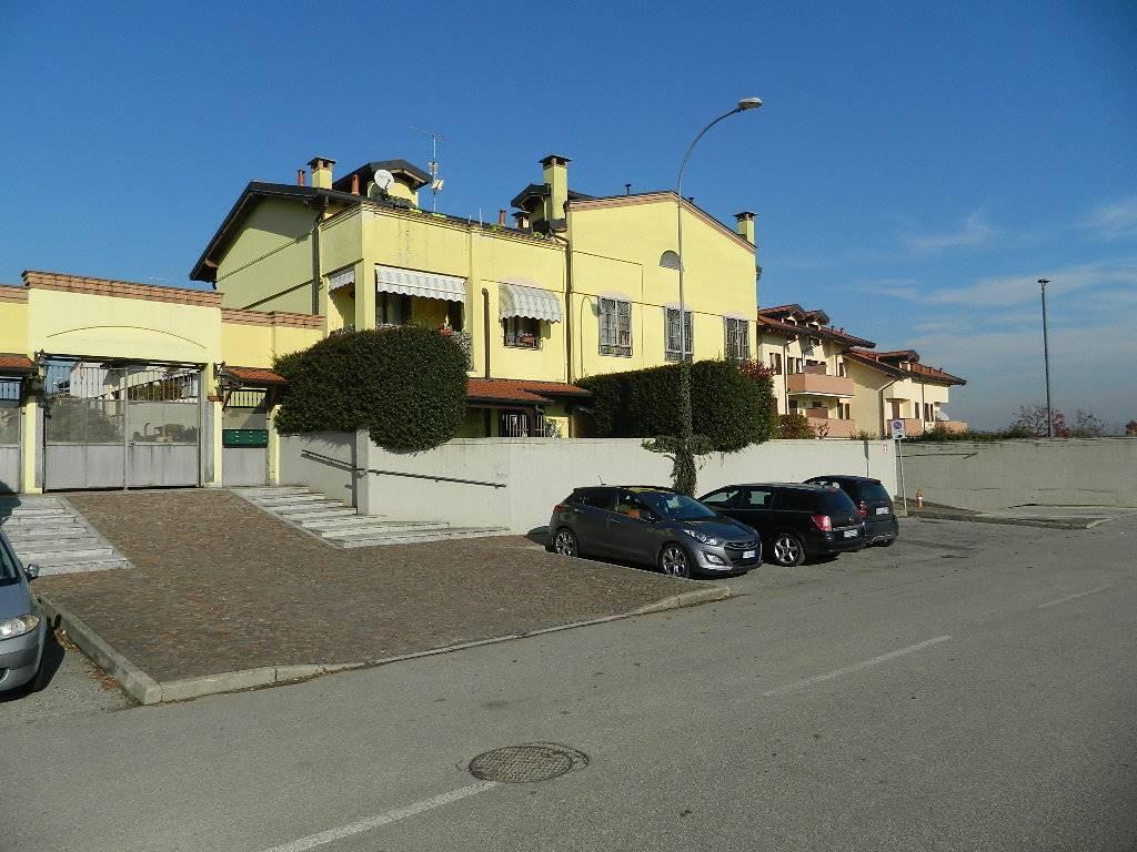 Appartamento in vendita a Cassina de' Pecchi, 3 locali, zona Zona: Sant'Agata, prezzo € 260.000 | CambioCasa.it