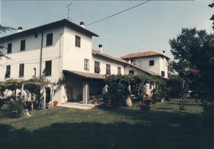 Villa, Serravalle Scrivia, abitabile
