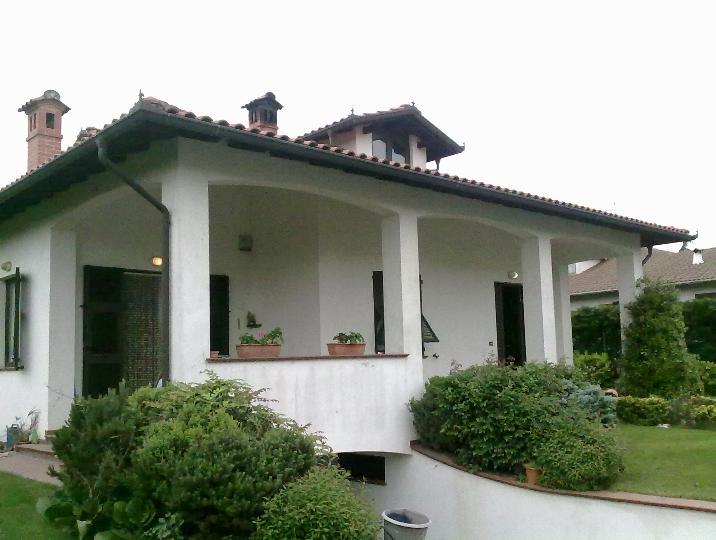 Villa in vendita a Serravalle Scrivia, 10 locali, prezzo € 490.000 | PortaleAgenzieImmobiliari.it