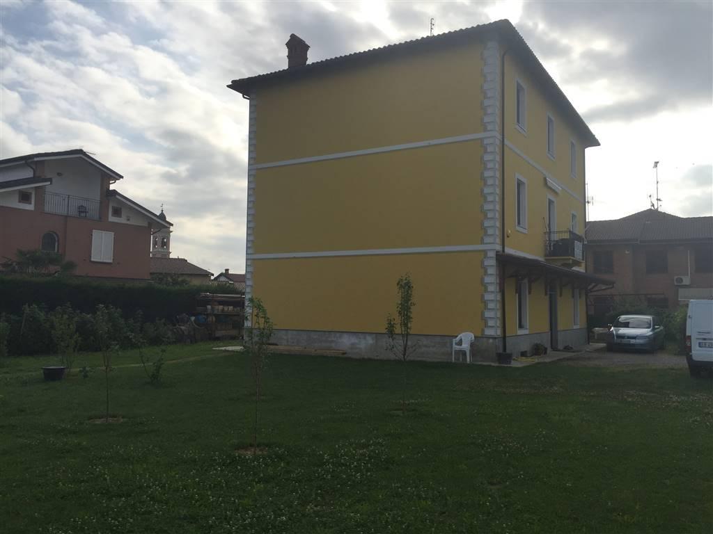 Soluzione Indipendente in vendita a Pozzolo Formigaro, 14 locali, prezzo € 350.000 | CambioCasa.it