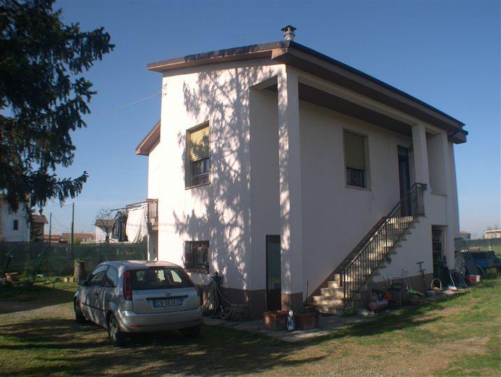 Soluzione Indipendente in vendita a Bosco Marengo, 5 locali, zona ta, prezzo € 190.000 | PortaleAgenzieImmobiliari.it