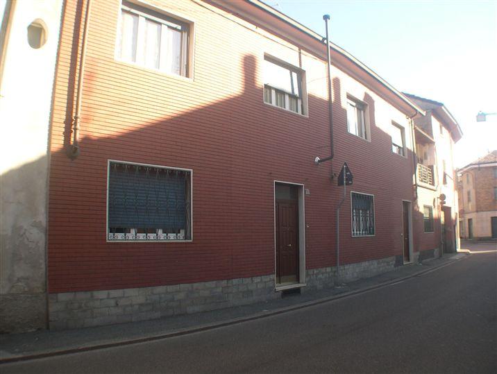 Soluzione Indipendente in vendita a Pozzolo Formigaro, 8 locali, prezzo € 119.000 | CambioCasa.it
