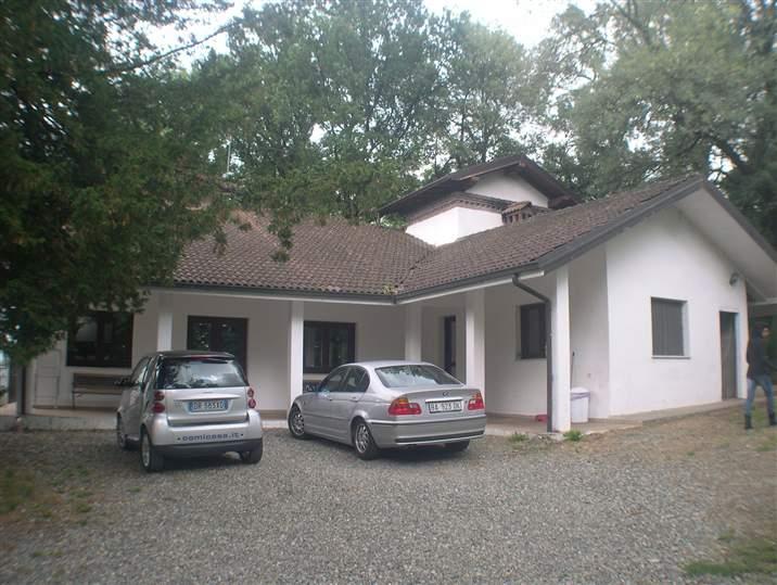 Villa in vendita a Cassano Spinola, 8 locali, prezzo € 225.000 | CambioCasa.it