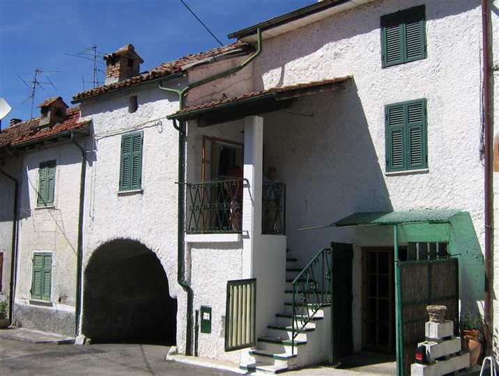 Soluzione Indipendente in vendita a Cantalupo Ligure, 3 locali, prezzo € 23.000   CambioCasa.it