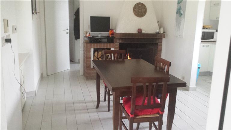 Soluzione Semindipendente in vendita a Bosco Marengo, 10 locali, zona Località: FRAZIONI: QUATTRO CASCINE, prezzo € 200.000 | CambioCasa.it