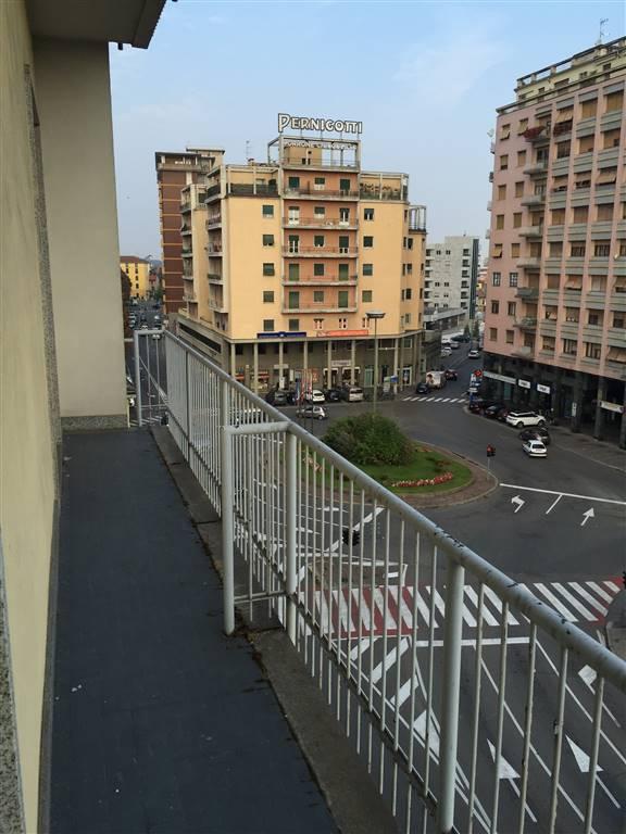 Appartamento in vendita a Novi Ligure, 7 locali, prezzo € 170.000   CambioCasa.it