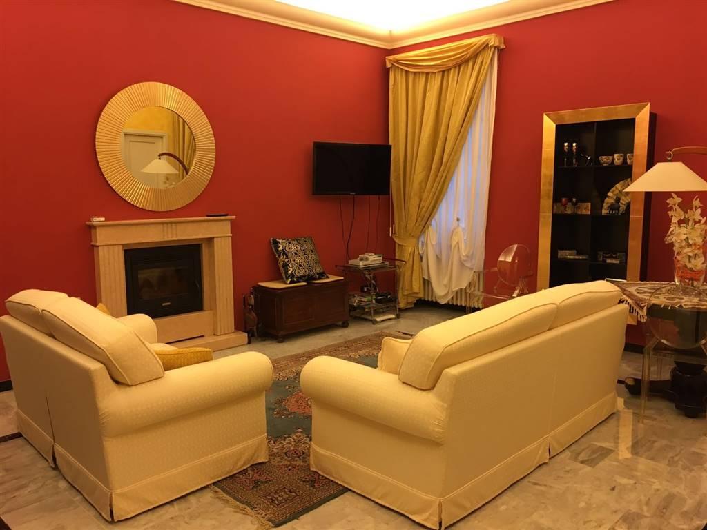 Appartamento in vendita a Novi Ligure, 6 locali, zona Località: CENTRO STORICO, prezzo € 165.000 | PortaleAgenzieImmobiliari.it