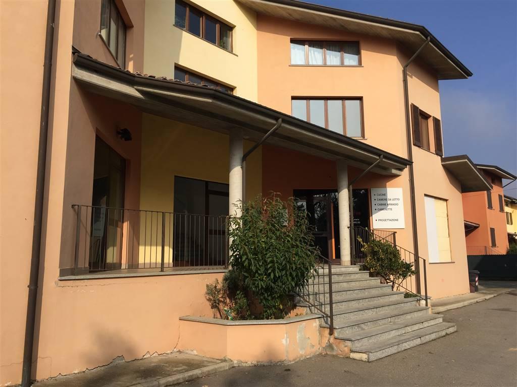 Negozio / Locale in affitto a Basaluzzo, 2 locali, prezzo € 2.800 | CambioCasa.it