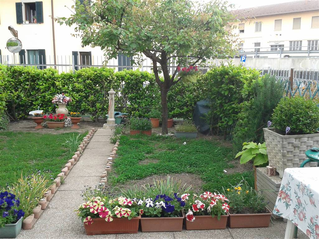 Villa in vendita a Novi Ligure, 4 locali, zona Località: VIA VERDI, CASERME, prezzo € 108.000   CambioCasa.it