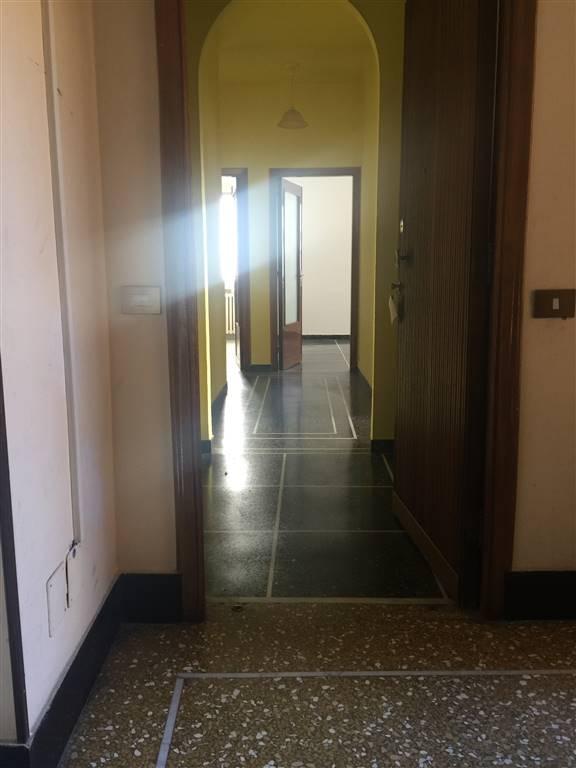 Appartamento in affitto a Novi Ligure, 4 locali, zona Località: VIA VERDI, CASERME, prezzo € 300 | CambioCasa.it
