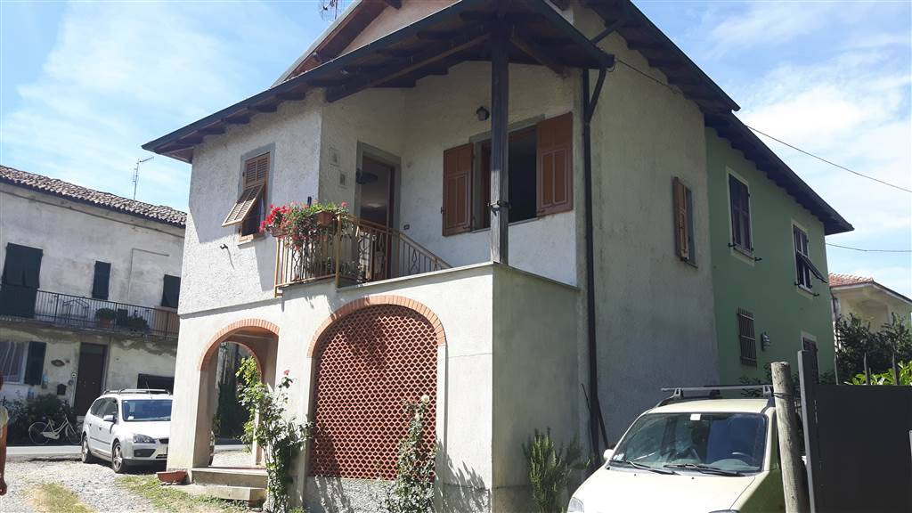 Appartamento in vendita a Arquata Scrivia, 3 locali, zona Zona: Vocemola, prezzo € 55.000 | CambioCasa.it