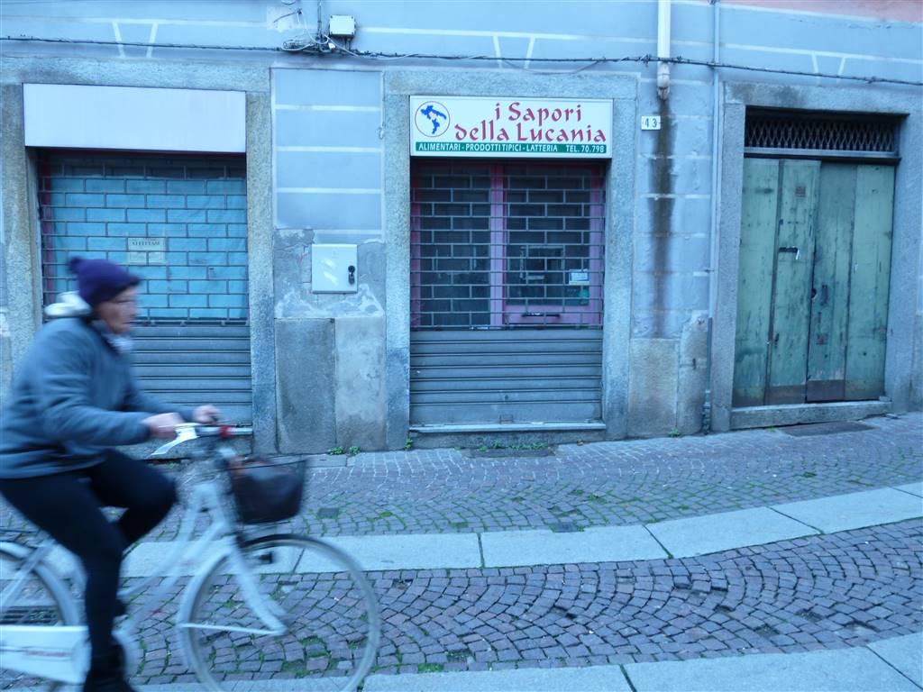Negozio / Locale in vendita a Novi Ligure, 2 locali, zona Località: CENTRO STORICO, prezzo € 35.000 | PortaleAgenzieImmobiliari.it