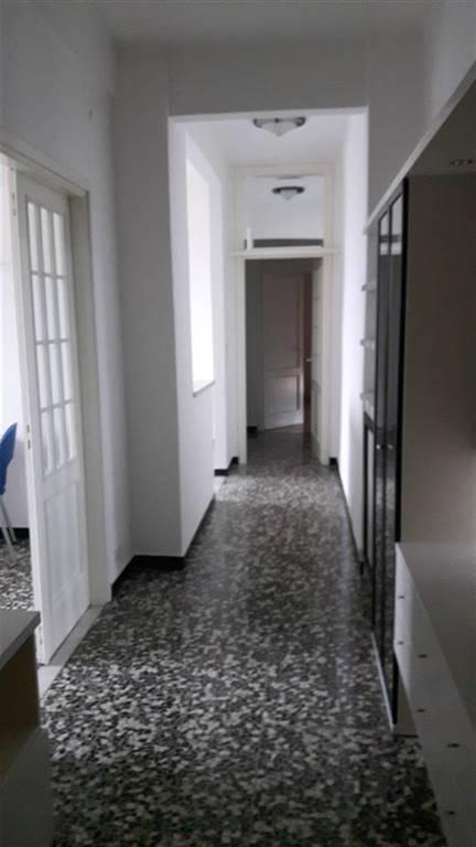 Appartamento in vendita a Arquata Scrivia, 5 locali, prezzo € 95.000 | CambioCasa.it