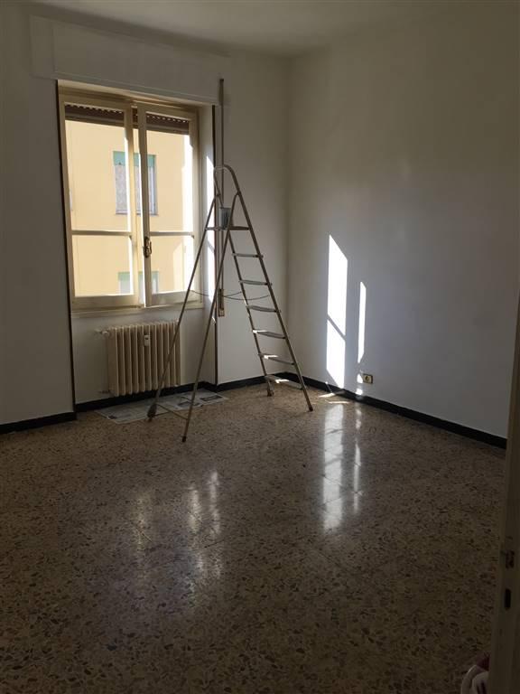 Appartamento in vendita a Novi Ligure, 4 locali, prezzo € 60.000   CambioCasa.it