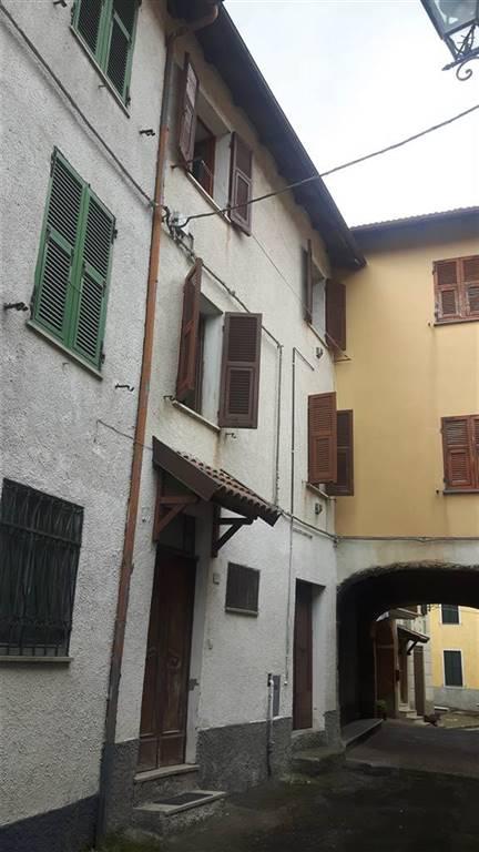 Soluzione Semindipendente in vendita a Cantalupo Ligure, 7 locali, prezzo € 30.000   CambioCasa.it