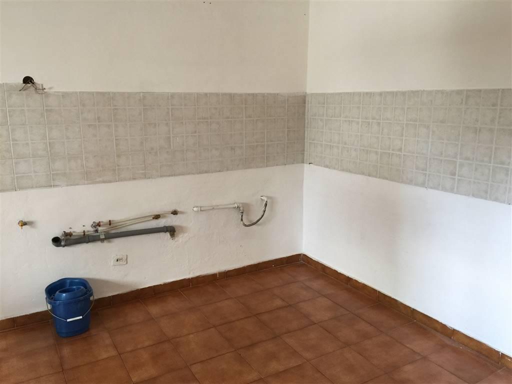 Appartamento in affitto a Novi Ligure, 4 locali, zona Località: VIALI, prezzo € 330 | CambioCasa.it