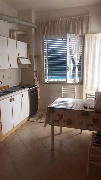 Appartamento in vendita a Arquata Scrivia, 6 locali, prezzo € 90.000 | CambioCasa.it
