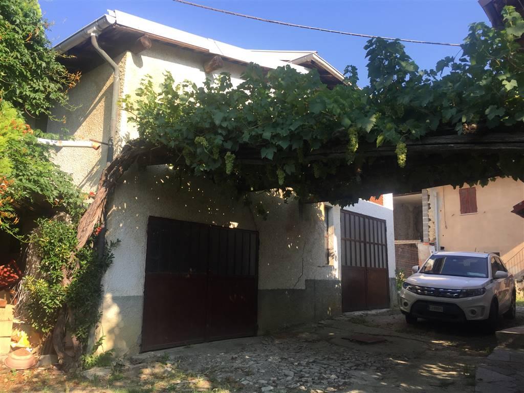 Soluzione Indipendente in vendita a Gavi, 8 locali, zona Zona: Monterotondo, prezzo € 100.000 | CambioCasa.it