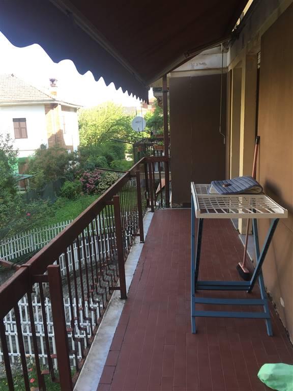 Appartamento in vendita a Novi Ligure, 3 locali, zona Località: VIA VERDI, CASERME, prezzo € 50.000 | CambioCasa.it