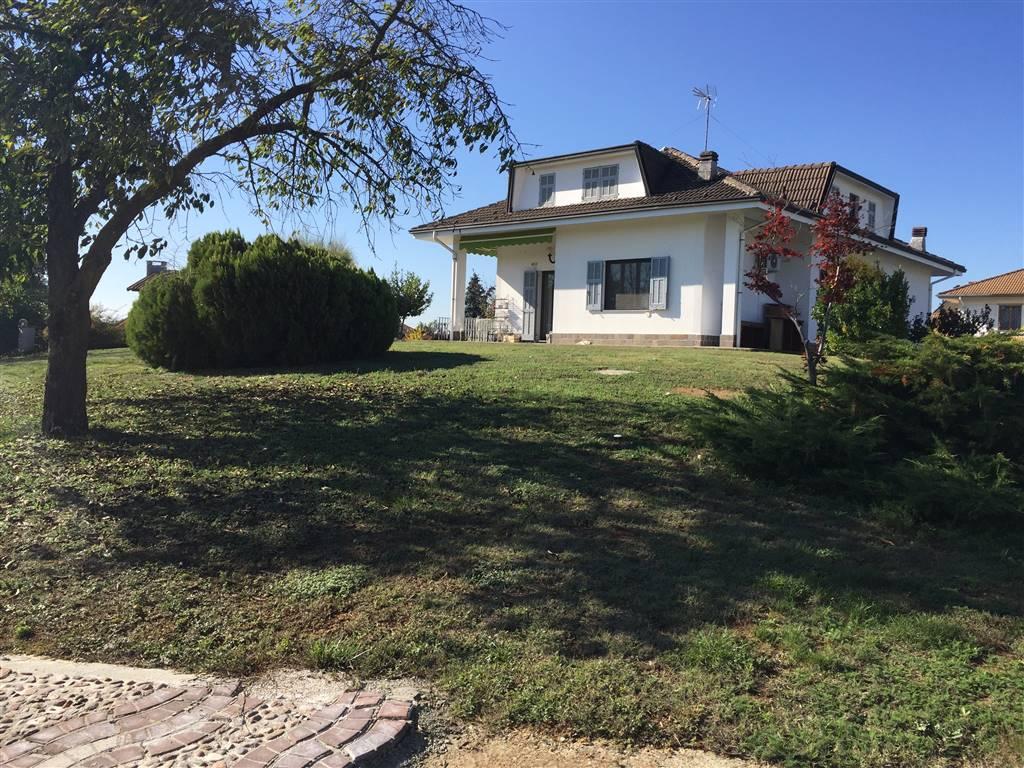 Villa in vendita a Pasturana, 10 locali, prezzo € 390.000 | CambioCasa.it
