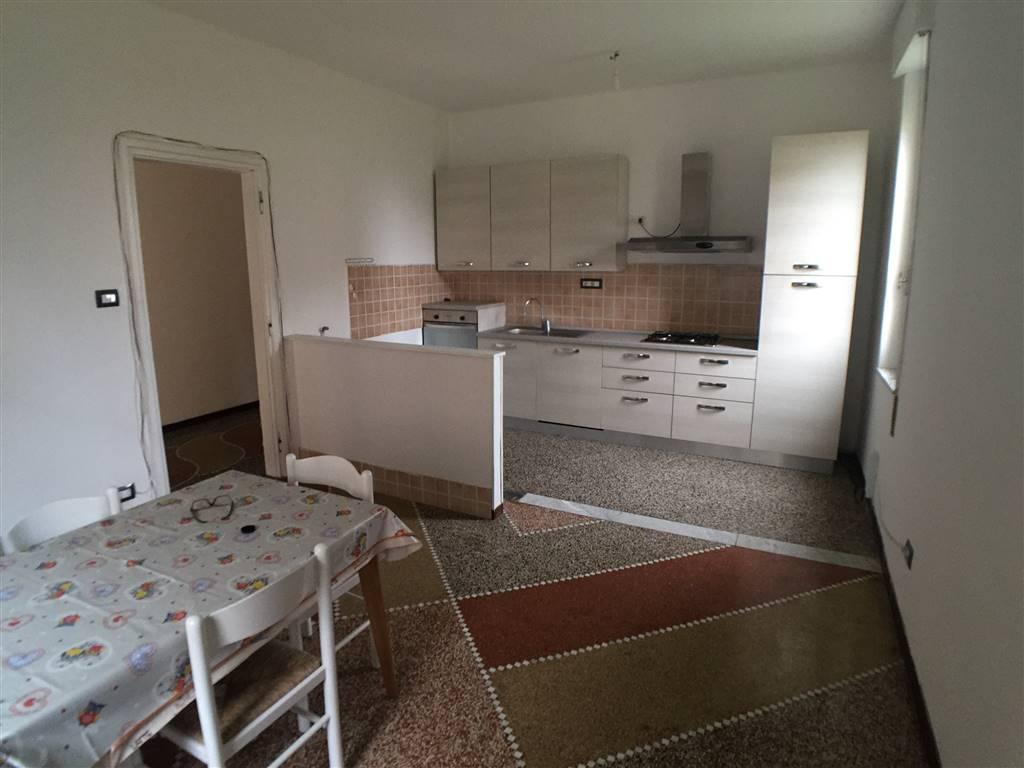 Villa in affitto a Pozzolo Formigaro, 5 locali, prezzo € 500 | CambioCasa.it