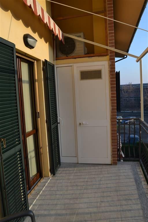 Appartamento in vendita a Novi Ligure, 6 locali, zona Località: LODOLINO, prezzo € 169.000   CambioCasa.it