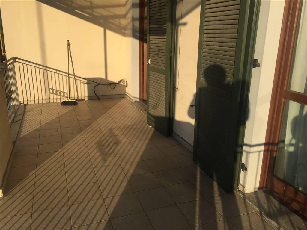 Appartamento in affitto a Novi Ligure, 2 locali, zona Località: VIA VERDI, CASERME, prezzo € 350   CambioCasa.it