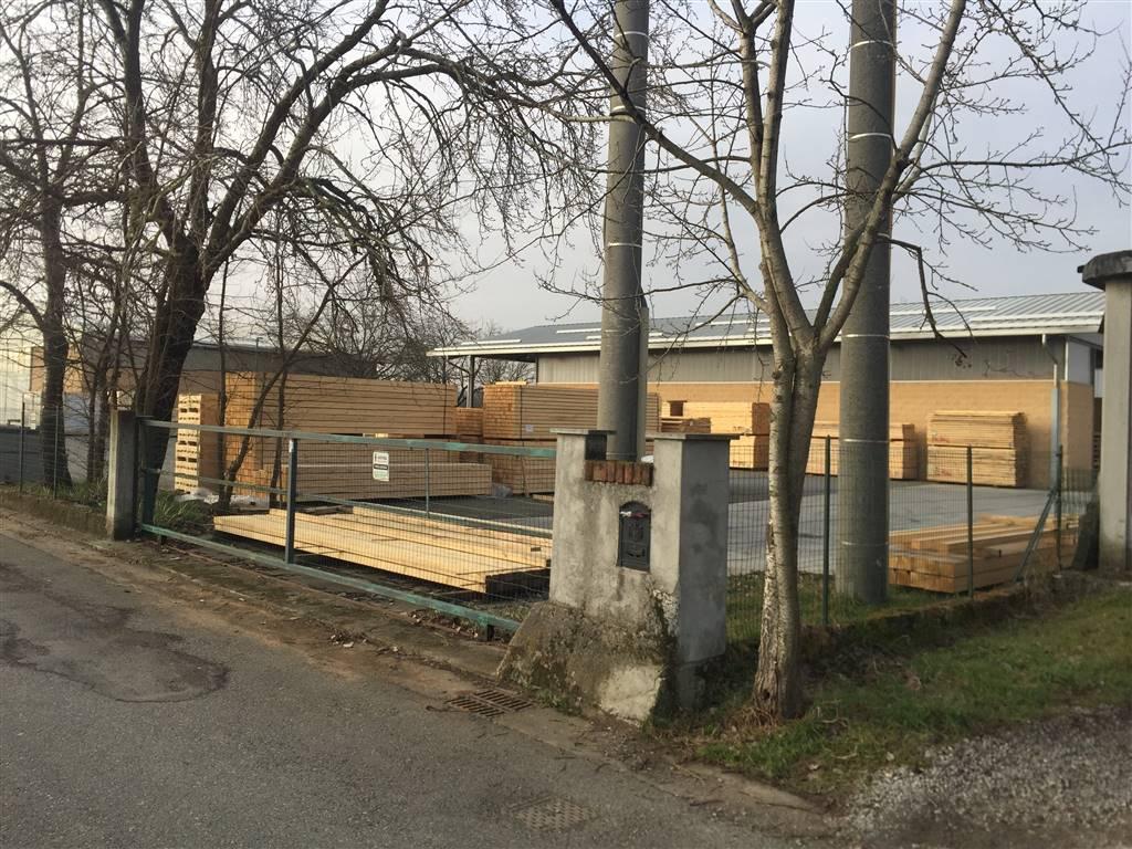 Capannone in vendita a Novi Ligure, 2 locali, prezzo € 240.000 | PortaleAgenzieImmobiliari.it