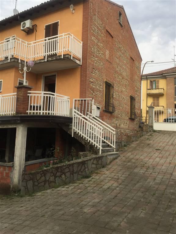 Soluzione Indipendente in vendita a Villalvernia, 10 locali, prezzo € 250.000 | CambioCasa.it
