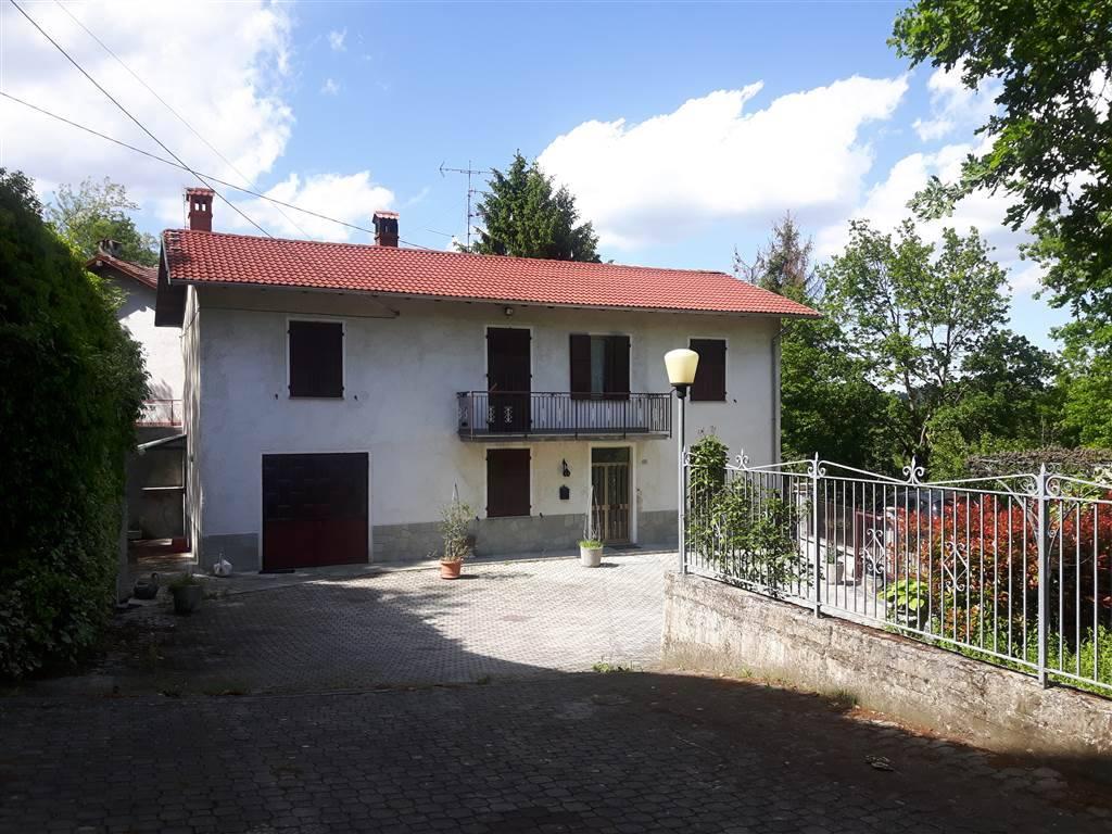 Soluzione Indipendente in vendita a Stazzano, 7 locali, prezzo € 195.000 | PortaleAgenzieImmobiliari.it