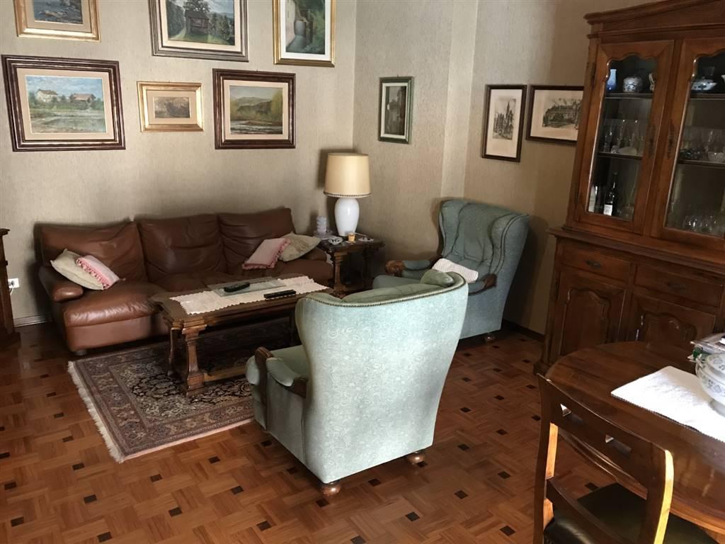 Appartamento in vendita a Tortona, 5 locali, prezzo € 110.000 | PortaleAgenzieImmobiliari.it