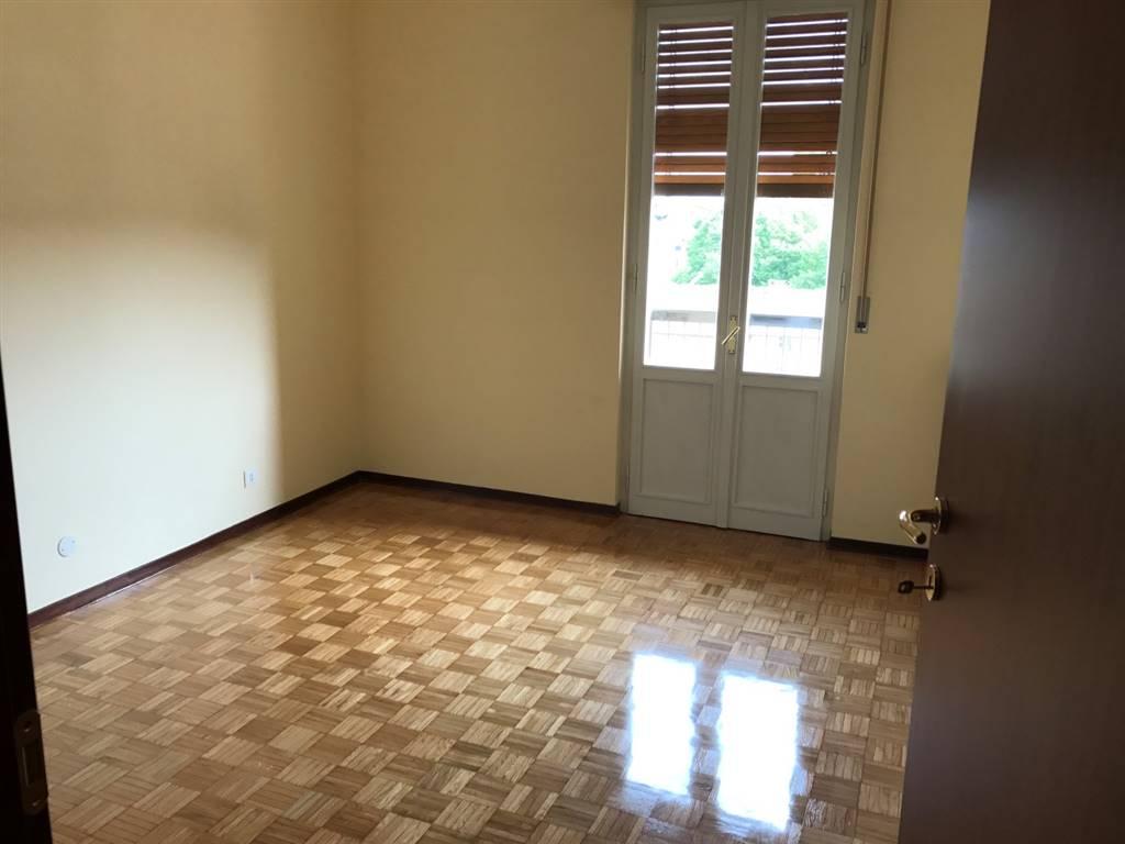 Appartamento in vendita a Volpedo, 5 locali, prezzo € 80.000 | CambioCasa.it