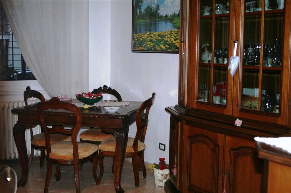 Appartamento in vendita a Tortona, 5 locali, prezzo € 120.000 | PortaleAgenzieImmobiliari.it