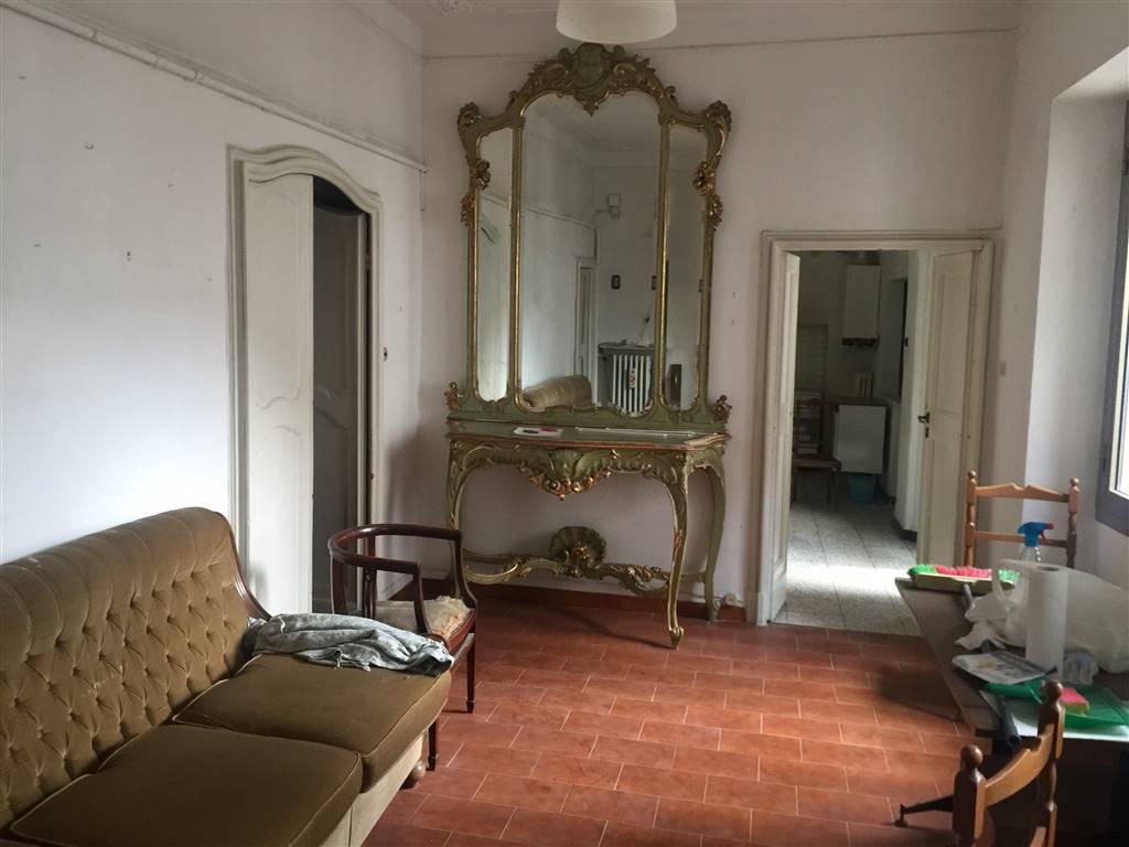 Soluzione Semindipendente in vendita a Novi Ligure, 6 locali, zona Località: CENTRO STORICO, prezzo € 99.000 | PortaleAgenzieImmobiliari.it
